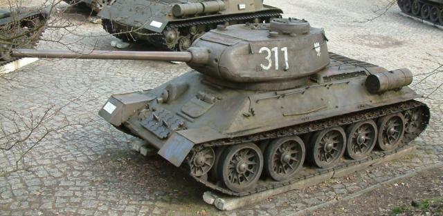 t-34/85 1944  中型坦克